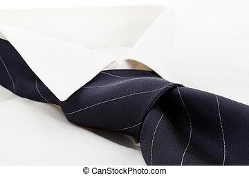 carrière, jurkje, tie., hemd