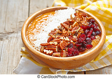 Carrot cake smoothie in a bowl