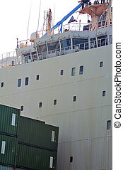 carry containers to quay in the wearing of Fos-sur-Mer...