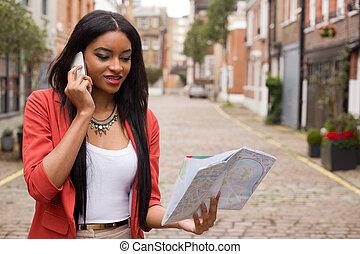 carte, tenue femme, téléphone