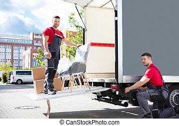 carton, camion, déménageurs, boîtes, rue, mâle, chargement