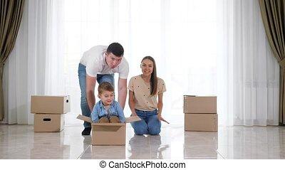 carton, promenades, heureux, boîte, petit, vide, père,...
