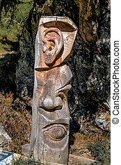 carving tree trunk sensory organs