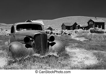 Carwreck in Bodie, B W