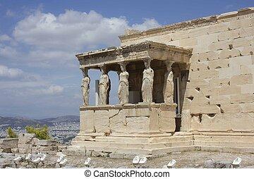 caryatids in Athens