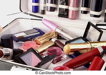 cas, maquillage