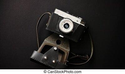 cas, vieux, cuir, appareil photo, noir, retro, fond,...