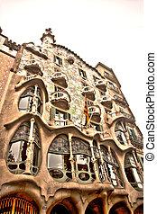 casa batllo - a public construction  in barcelona's street