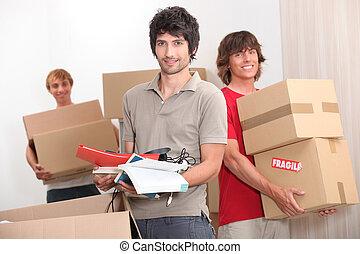 casa, compañeros, llevar cajas