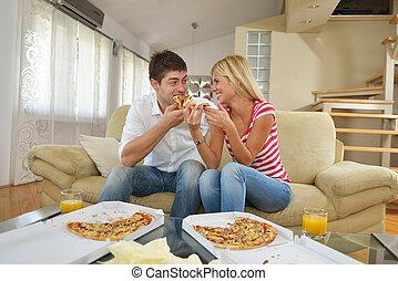 casa, coppia, consumo pizza