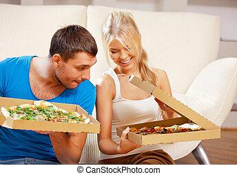 casa, coppia, mangiare, romantico, pizza