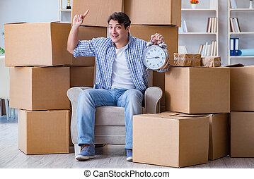 casa, giovane, scatole, spostamento, uomo nuovo