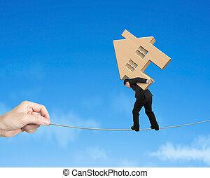 casa madeira, tightrope, carregar, equilibrar, homem