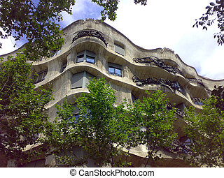 Casa Mila - Landscape with Casa Mila and blue sky