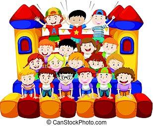 casa, muchos, niños, bounching, sentado
