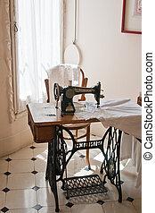casa, pedrera), casa, objetos expuestos del museo, barcelona...