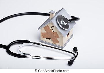 casa, roto, estetoscopio, plano de fondo, modelo, blanco