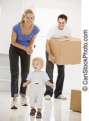 casa, sorridente, spostamento, famiglia, nuovo