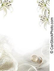 casamento branco, saudação, em branco, com, dois, ouro, anéis, ou, faixas, e, lírios