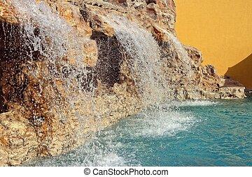 cascada, con, piscina, y, piedras, en, luxery, hotel