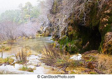 cascada, río