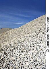 cascalho, cinzento, montículo, pedreira, estoque, céu azul