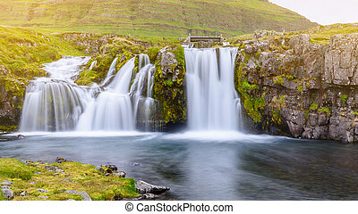 cascata, a, kirkjufell, montagna, islanda
