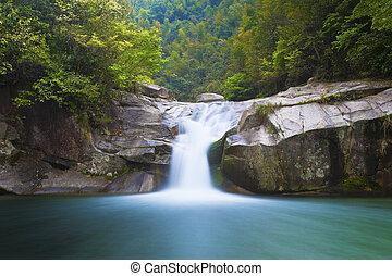 cascata, china., profondo, wuyuan, foresta