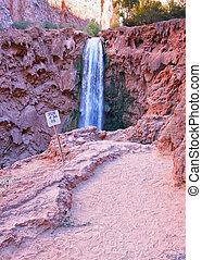 cascata, deserto