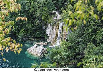 cascata, e, lago, con, roccia, frammenti