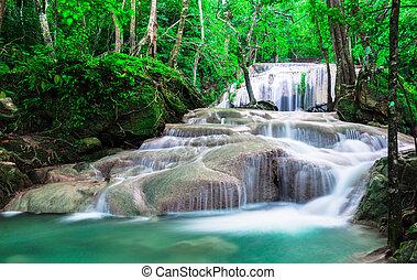 cascata, in, profondo, il, foresta, a, erawan parco nazionale