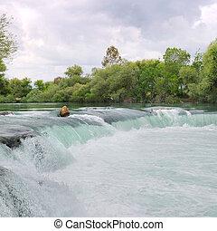 cascata, su, il, fiume, montagne