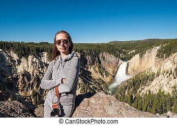 cascata, yellowstone, turista, trascurare