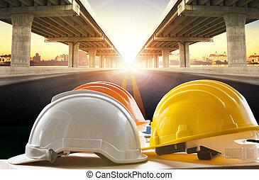 casco de seguridad, en, ingeniería civil, trabajando, tabla,...