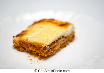 caseiro, lasanha, ligado, um, prato branco
