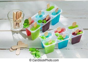caseiro, sorvete, com, frutas
