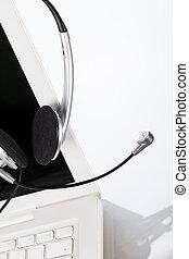 casque à écouteurs, bureau, ordinateur portable, bureau, cahier, clavier, table