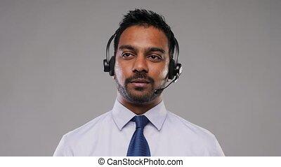 casque à écouteurs, helpline, indien, opérateur, homme affaires, ou