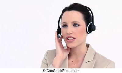casque à écouteurs, jeune, parler, femme affaires