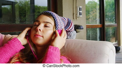 casque, musique, sofa, 4k, femme, écoute