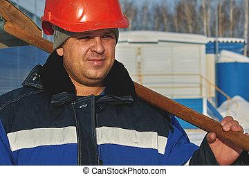 casque, portrait, blanc, homme, shovel., salopette, hiver, ouvrier