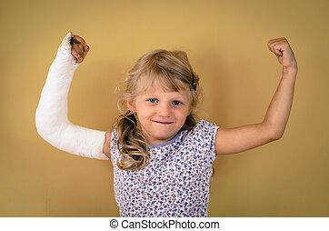 cassé, enfant, geste, triomphe, main