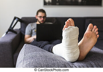 cassé, surfer, internet, homme, jambe