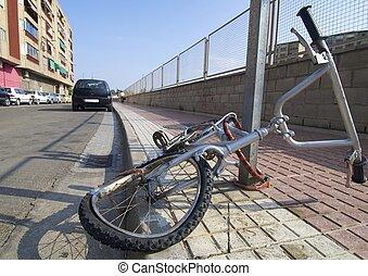 cassé, vélo