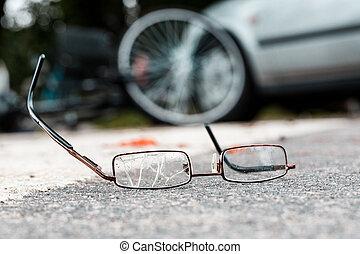 cassé, victime, lunettes