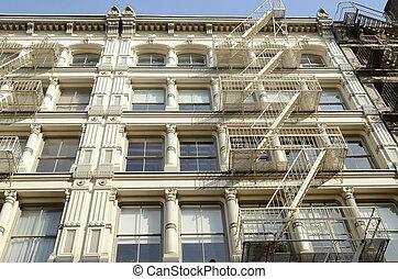 Cast-Iron Building Facade in SoHo - Manhattan