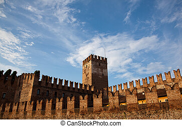 Castel Vecchio battlements - Castle Vecchio in Verona with...