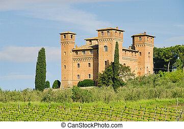 Castello delle quatro torra 04