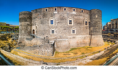 Castello Ursino in Cathania panoramic view, Sicily, Italy