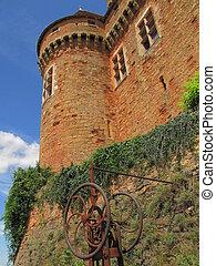 Castelnau Castle , tower